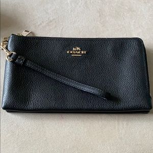Coach pebble grain leather wristlet
